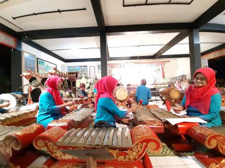 Penampilan Karawitan Retno Budaya Pedukuhan Mantup